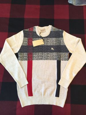 Burberry Sweater for Sale in Union City, CA