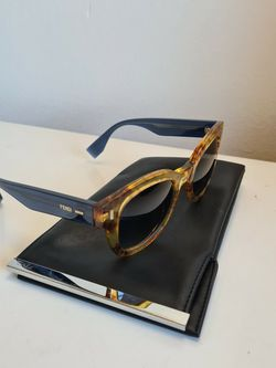 Fendi Amber Gradient Lens Sunglasses for Sale in Santa Ana,  CA