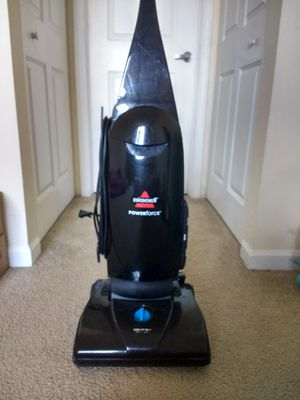 Bissell powerforce vacuum cleaner for Sale in Naperville, IL