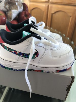 Nike Air Force 1 (size 7c) for Sale in Long Beach, CA