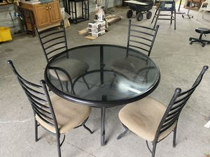 Table and chair set for Sale in Orlando, FL