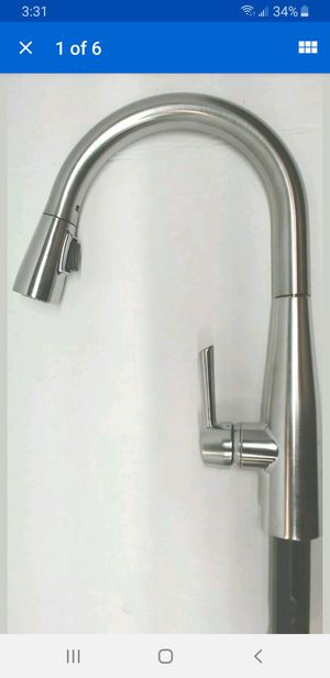 DELTA 9113-AR-DST Essa Single-Handle Kitchen Sink Faucet in Arctic Stainless for Sale in Nashville, TN