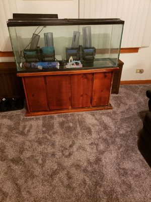 55 gallon fish tank and stand for Sale in Chicago, IL
