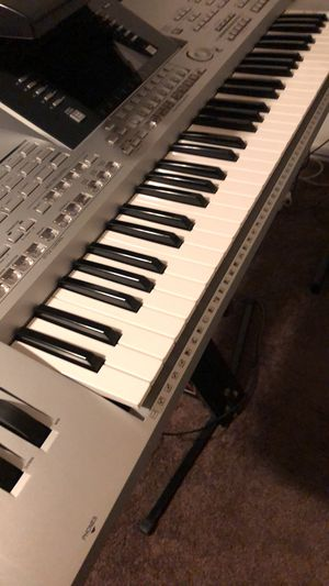 Yamaha tyros 2 con ritmos y samples for Sale in Watsonville, CA