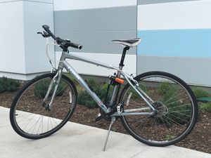 Bicycle- Trek 7.2 FX Size 19 for Sale in Chicago, IL