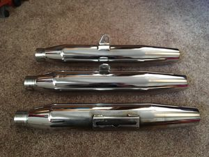 HARLEY DAVIDSON MUFFLERS EXHAUST PIPES for Sale in Joliet, IL