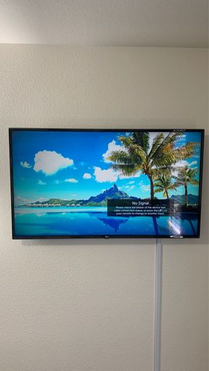 43-INCH LG 4K ULTRA HD TV 43UK6300 for Sale in Las Vegas, NV