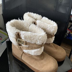 Guess Winter Boots for Sale in Hollywood, FL