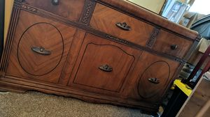 Antique wood buffet dark mahogany 3 panel for Sale in Canyon, TX
