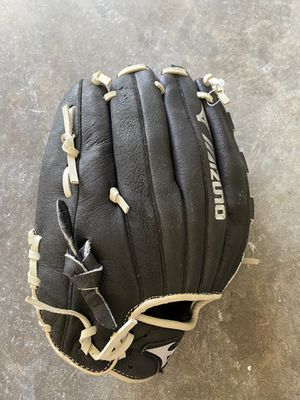 "Muzino 12"" baseball glove for Sale in Chesapeake, VA"