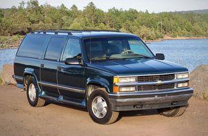 1996 Chevy Suburban 1500 4x4 for Sale in Phoenix, AZ