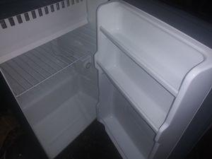 Magic Chef Mini Fridge with Freezer for Sale in Phoenix, AZ