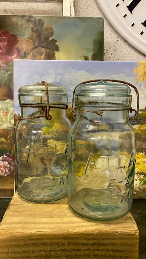 """2 vintage glass Atlas jars,clear light blue tint glass containers,8 x 4"""", rustic decor,storage for Sale in Riviera Beach, FL"""