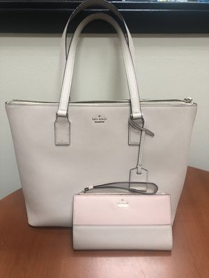 Kate Spade Wallet and Purse for Sale in Naperville, IL
