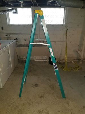 Louisville 6ft ladder for Sale in Cleveland, OH