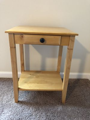 Bedside Table for Sale in Kenmore, WA
