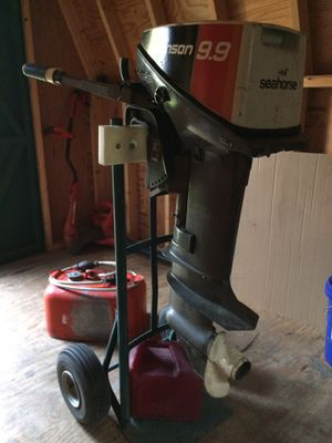 9.9 Johnson 2 stroke needs maintenance and carburetor clean for Sale in Hopewell, VA