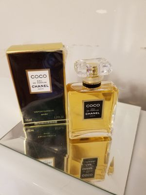 COCO. CHANEL for Sale in Lakeside, CA