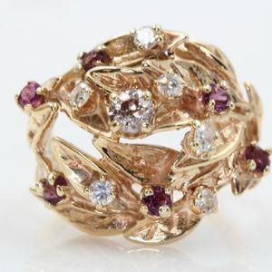 U1921 LADIES DIAMOND GARNET RING YLW GOLD BAND wedding engagement for Sale in Los Angeles, CA