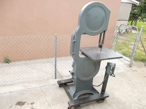 """20"""" Davis & Wells Band Saw Bandsaw 1 1/2 Horsepower 3 Phase 220 volt (Multiple Speed) Made In U.S.A. for Sale in Bell Gardens, CA"""