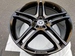 "Beautiful GLE AMG 22"" Original Mercedes Wheels Rims for Sale in Los Angeles, CA"