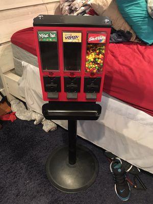 Vendstar 3000 Candy Vending Machine for Sale in St. Petersburg, FL