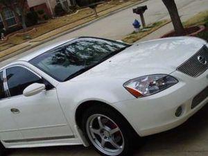 2002 Nissan Altima SE • great for Sale in Champaign, IL