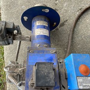 Gas conversion burner oil to gas in good condition.. I replace old steam boiler to new $ 300 mor info call or text {contact info removed} for Sale in East Hartford, CT