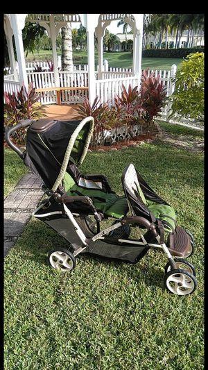 Dual stroller for Sale in Royal Palm Beach, FL
