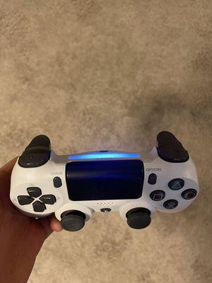 PS4 controller white silver. for Sale in Smyrna, TN