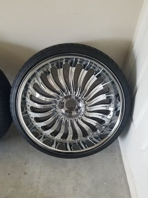 24 inch Zenetti Rims 5 lug universal pattern for Sale in Fort Washington, MD