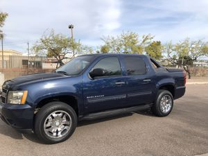 2010 Chevy avalanche 4x4 for Sale in Phoenix, AZ