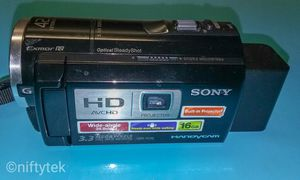 Sony PJ10 Handicam Camcorder w/projector for Sale in Adelphi, MD