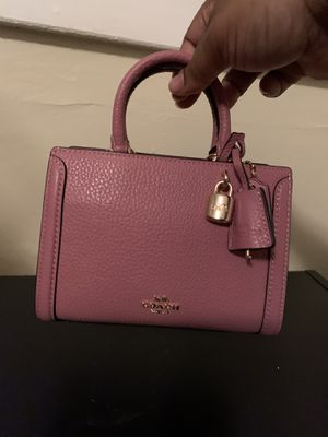 Coach Micro Zoe Crossbody purse for Sale in Cleveland, OH