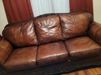 Leather Couch for Sale in St. Louis,  MO