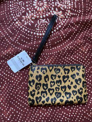 *Brand New* Coach Wristlet Wallet Cheetah Print for Sale in Boston, MA