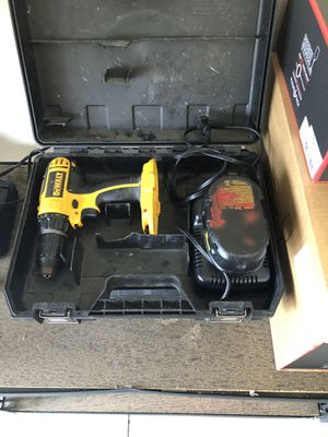 Dewalt 18v Drill w/ Battery and Charger for Sale in Land O Lakes, FL