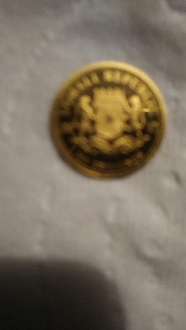 Beautiful Somalian gold coin
