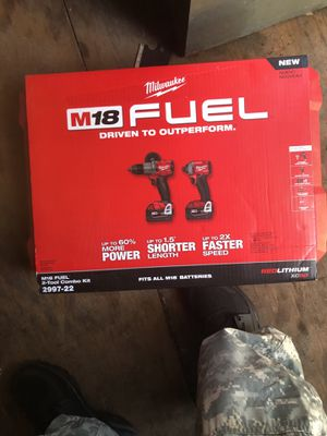 500 for everything 3600 watt Generator and drill set for Sale in Tampa, FL