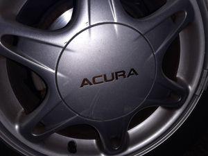 Acura Integra 1996, hubcap for Sale in Riverside, CA