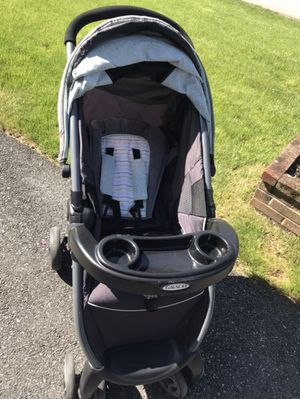Graco travel system stroller for Sale in Dracut, MA