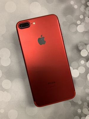 IPhone 7 plus 128gb unlocked red warranty for Sale in Malden, MA