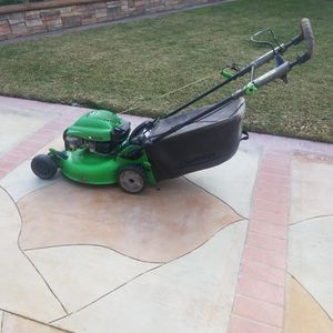 Lawn Mower for Sale in Stanton, CA