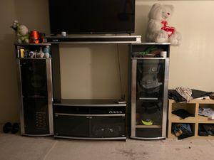 Mueble para tv y equipó de sonido for Sale in Los Angeles, CA