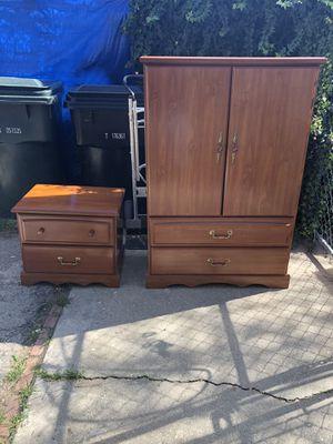 Dresser W/ Nightstand! for Sale in Alta Loma, CA