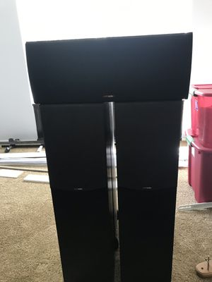 Home Theater surround sound 5.0 - Polk Speakers & Yamaha Receiver for Sale in San Diego, CA