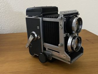 CLA'd Film Tested Mamiya C3 Professional W/ 80mm F2.8 Black Lens Medium Format TLR Film Camera for Sale in Arlington,  TX