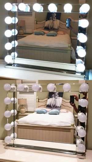 Hollywood Style XL Makeup Vanity Mirror With 14 LED Light Dual USB Outlets for Sale in Rancho Cucamonga, CA