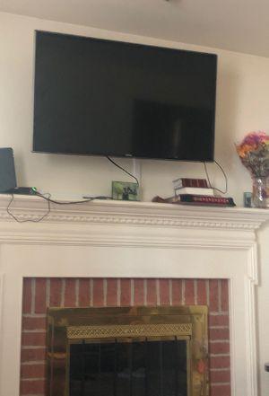 Samsung tv 40 inch for Sale in Gaithersburg, MD
