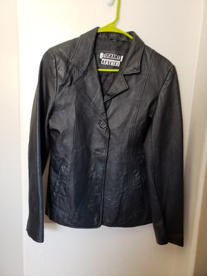 Woman leather jacket for Sale in Tucson, AZ